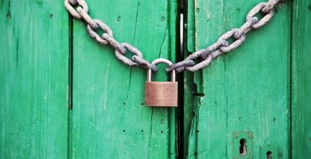 Un lucchetto chiuso per simboleggiare un account google sicuro